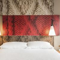 Hotel Pictures: ibis Hotel Brussels Centre Ste Catherine, Brussels