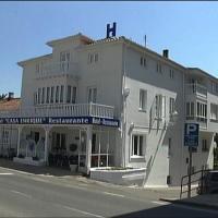 Hotel Pictures: Hotel-Restaurante Casa Enrique, Solares