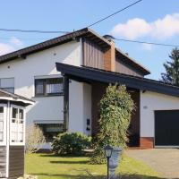 Hotel Pictures: Holiday Home Scheuerberg, Oberthal