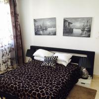 Six-Bedroom Duplex Apartment (10 Adults)