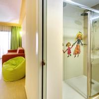 Family Suite (3 Adults + 2 Children)
