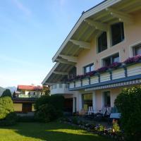 Hotel Pictures: Haus Lindenthaler, Abtenau