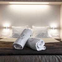 Hotel Pictures: La Trobada Hotel Ripoll, Ripoll