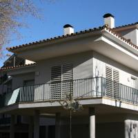 Hotel Pictures: Apartament L'Ast, Banyoles
