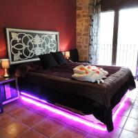 Hotel Pictures: Cal Farris, Ossó de Sió