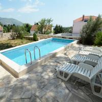 Hotellikuvia: Villa Avantgarde, Mlini
