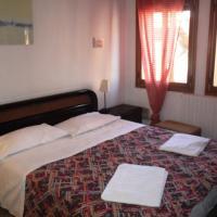 Three-Bedroom Apartment (8 Adults) - 2954/g, Calle Ciovere di S.Girolamo Cannareggio