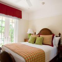 One-Bedroom Suite with Ocean Front