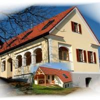 Hotel Pictures: Ferienapartments Meixner, Eisenberg an der Pinka