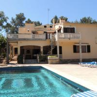 Hotel Pictures: Villa Alegria, Cala Blava