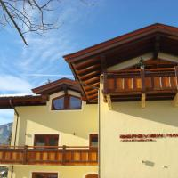 Hotel Pictures: Bergviewhaus Apartments, Söll