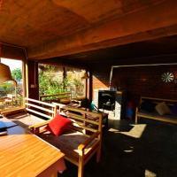 Hotel Pictures: Mandala International Youth Hostel, Ninglang