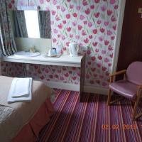 Standard Single Room with Shared Bathroom