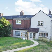 Hotel Pictures: Winkenhurst Cottage, Hellingly