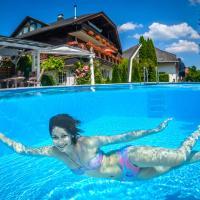 Hotel Pictures: Ferienwohnungen Presslauer Mori - Haus Irmgard, Sankt Kanzian