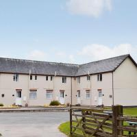 Hotel Pictures: Cottage 3, Llandrindod Wells