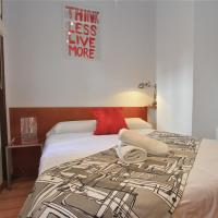 Two-Bedroom Apartment (4 Adults) Plaza del Realejo 6