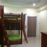 Bunk Bed in 4-Bed Dormitory Room