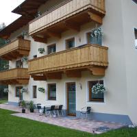 Hotel Pictures: Ferienwohnungen Kröll, Schwendau