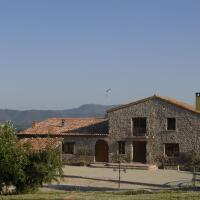Hotel Pictures: Cal Sant Miquel, Castellfullit del Boix