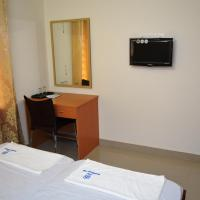 Deluxe Twin Room with Fan