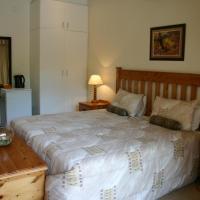 Standard Double Room (13)