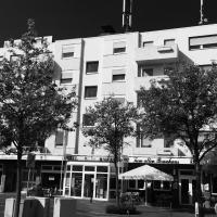 Hotel Pictures: Akzent Hotel und Restaurant Zum Alten Brauhaus, Kerpen