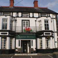 Hotel Pictures: The Queens Hotel, Chirk