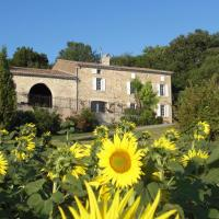 Hotel Pictures: Chambres d'Hotes Domaine de la Capelle, Saint-Martin-Lalande