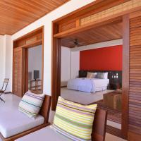 Master Suite with Sea View and Balcony