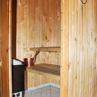 One-Bedroom Apartment with Sauna