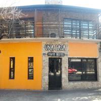 Hotel Pictures: Una Casa Youth Hostel, Rosario