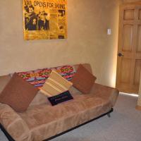 Luxury Three-Bedroom Apartment