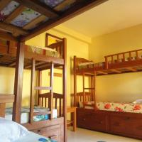 Bed in 6-Bed Mixed Dormitory Room With Air-Conditioning