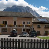 Hotel Pictures: Alpin-Sportiv, Lermoos