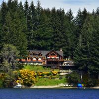 Hotel Pictures: Dos Bahias Lake Resort, Villa La Angostura