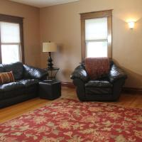 Eastwood Tourist lodge Vacation Rental Home 4 Bedroom