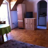 Apartment (3 Adults) - Upper Floor