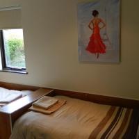 Double Room Sleeps 3 - 7,10,12