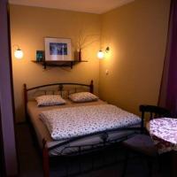 Hotel Pictures: penzion Humbuk, Lysá nad Labem