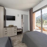 Two-Bedroom Apartment with Terrace and Panoramic View
