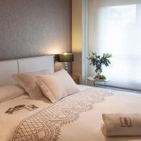Hotel Pictures: Apartamentos Class & Confort, Portonovo