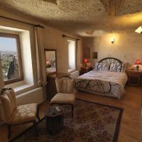 Panaromic Cave Room 2