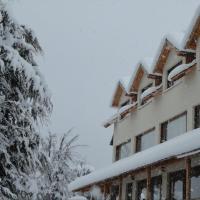 Hotel Pictures: Peninsula de los Coihues, Villa Pehuenia