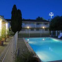Hotel Pictures: Kyriad Saintes, Saintes