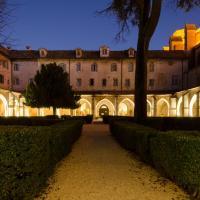 Hotel Pictures: Hôtel Le Couvent Royal, Saint-Maximin-la-Sainte-Baume