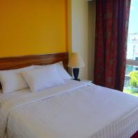 Deluxe Double Room with Free Airport Pickup