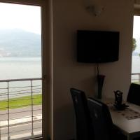 Two-Bedroom Apartment with Lake View