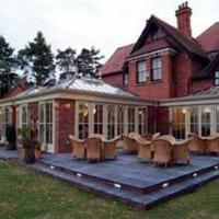 Hotel Pictures: The Old Vicarage Hotel & Restaurant, Bridgnorth