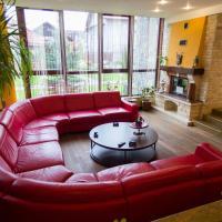 10 Bedroom Villa